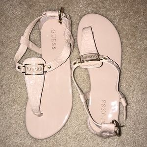 Great condition Guess sandals!